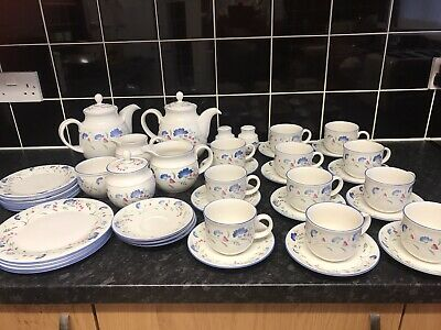 Large Collection Of Royal Doulton Expressions Windermere Tea Service • 25£