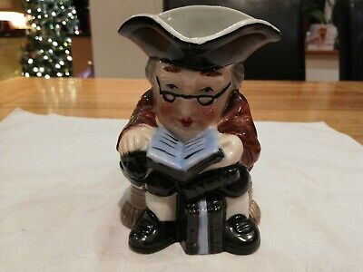 Vintage Toby Jug From The Leonardo Collection SCHOLAR WITH BOOKS  11cm High • 3£