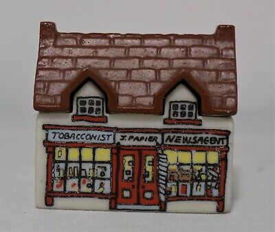 Wade Whimsey On Why The Tabacconist Shop Newsagent Shop Set 1 1980 No4  J.Papier • 8.95£