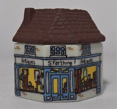 Miniature Wade Whimsey On Why Antique Shop Set 2 1981  No.10  • 6.95£