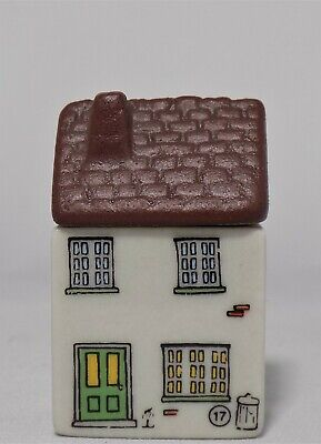 Wade Whimsey On Why Tinker's Nook Cottage Set 3 1982  No. 17  • 6.95£