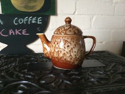 New Devon Pottery Tea Pot  • 8.99£