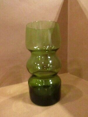 Small Green Glass Vase • 8£