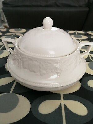 Bhs Lincoln  White Fruit Design Tureen/serving Dish  With Lid • 8.99£