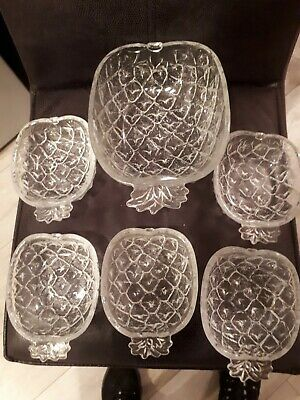 Vintage Pineapple Shaped Fruit/ Trifle Dishes Large Dish And 5 Smaller Dishes • 14£