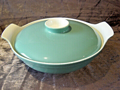 Poole Pottery Twintone Green & White Vegetable Tureen • 16.99£