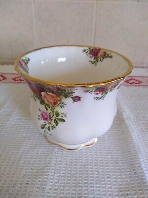 Royal Albert Old Country Roses Plant Pot 1962 Back Stamp • 15£