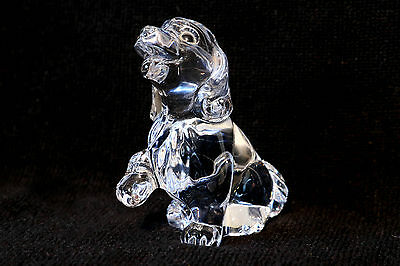 Lead Crystal Dog • 15£