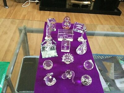 Assorted Pieces Of Crystal One Glass Paper Weight • 10£