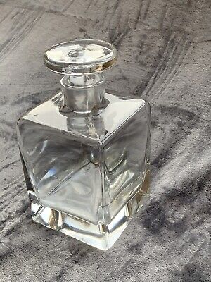 Glass Decanter  • 1£