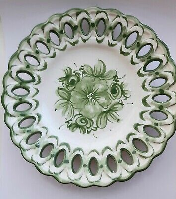 Vintage Hand Painted Wall Plate Vestal Portugal. Green And White 19cm Dia • 1.50£