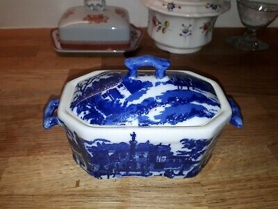 Blue And White Small Tureen Dish With Makers Mark • 7.99£