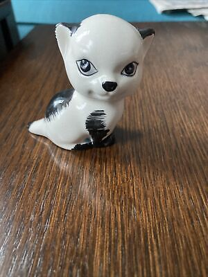 Lovely Vintage Szeiler Black And White Seated Cat Figure • 10£