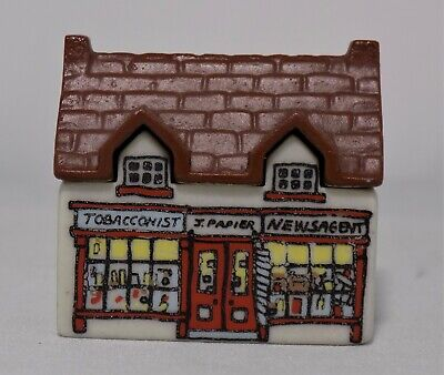 Wade Whimsey On Why The Tobacconist Shop Newsagent Shop Set 1 1980 No4  J.Papier • 2.95£