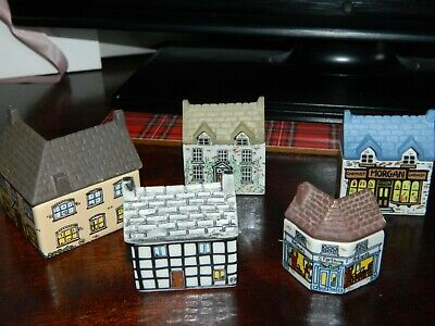 Wade Whimsey-on-wye  Houses X 5 • 4.70£
