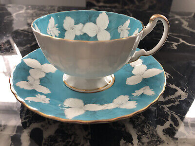 Vintage Teacup And Saucer Aynsley England - Blue With White Flowers • 60£