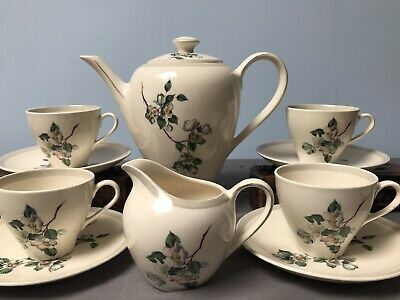 Vintage J&G Meakin White Floral 11 Piece English Coffee Set 391413 • 9£