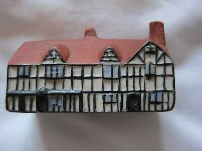 SHAKESPEARE'S BIRTHPLACE – WILLOW ART SOUVENIR - MODEL - 1920s? - FOR CHARITY • 2.75£