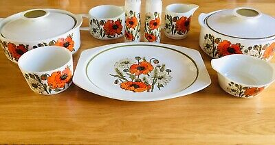 J&G Meakin Studio Poppy Collection • 35£