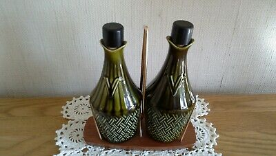 Vintage Lord Nelson /Wyncraft 2 Vinegar, With Stand, Green Stopper. • 5.50£