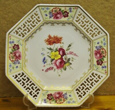 ### Pretty Spode 200th Anniversary Limited Edition Plate ### • 65£