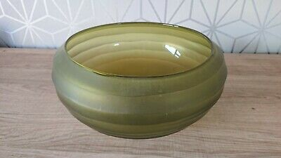 Large Green Glass Bowl • 7£