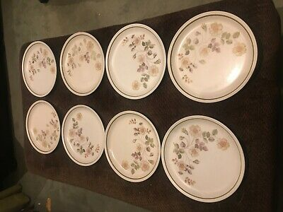 M & S MARKS & SPENCER – AUTUMN LEAVES DINNER PLATES X 8 • 8£