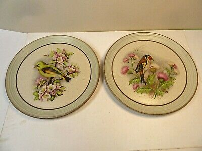 Pair 'VINTAGE' Purbeck Pottery Bird Plates Greenfinch & Chaffinch  EX. CONDITION • 5.45£