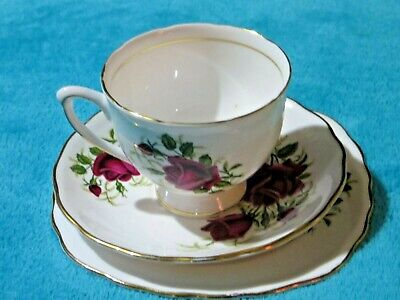 Vintage Colclough Red Roses (7552) Trio Cup, Saucer, Side Plate Free UK P&P • 9.99£
