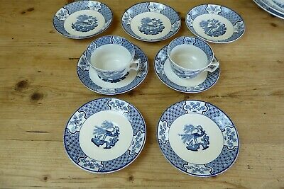 Vintage Wood & Sons  Yuan  Blue And White Cups & Saucers - Pieces • 5£