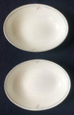 Royal Doulton Carnation - 2 X Oval Serving Dishes - 25 X19 Cm • 8£