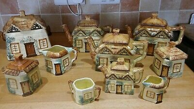 10 Pieces Of Keele St. Pottery Co. Cottage Ware • 25£