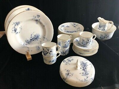 ROYAL WORCESTER Blue & White Floral Pattern 30 Pieces Part Coffee Dinner Service • 29.99£