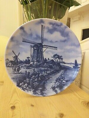 Vintage Hand Painted Decorative Plate, Windmill Farm & Cow Scene, Holland, Delft • 5£