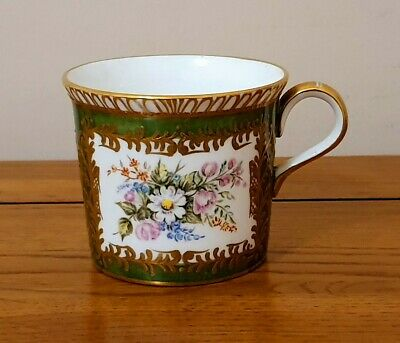 Very Rare Royal Crown Derby - *hand Painted Flower Cup* - Signed - Beautiful. • 55£