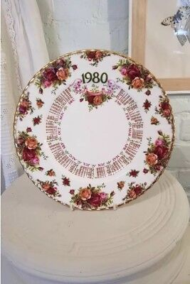 Old Country Roses, Royal Albert, 1980's Collectible Calendar Plate • 3£