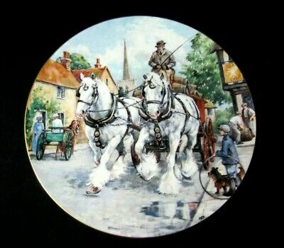 Royal Doulton 'Noble Shires' Plate - Thirsty Work • 10.50£