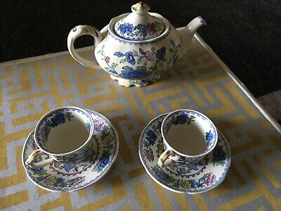 Masons Ironstone 'regency' Teapot And Two Cups And Saucers • 7.50£