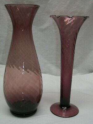 2 Vintage Amethyst Depression Glass Vases - 7 5/8  Footed & 8 1/4  Footed • 9.12£