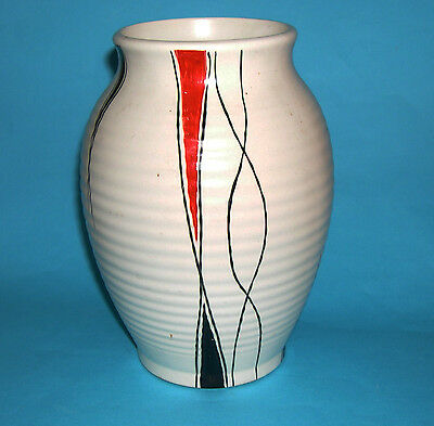 H.J.Wood Ltd - Vintage Hand Decorated On Ribbed Body Attractive Vase - Stamped. • 60£
