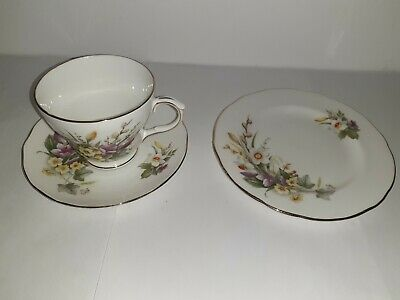 Vintage Duchess China Trio Cup Saucer & Tea Plate Spring • 8.99£