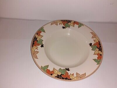 Vintage John Maddock Royal Ivory Large Soup Plate 10 Inches Pattern 4746 (chip) • 7.99£