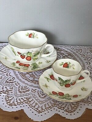 Queens China Virginia Strawberry Tea Cup + Espresso Cup • 15.99£