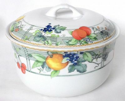 Wedgwood Eden Casserole Dish And Lid / Serving Dish • 30£