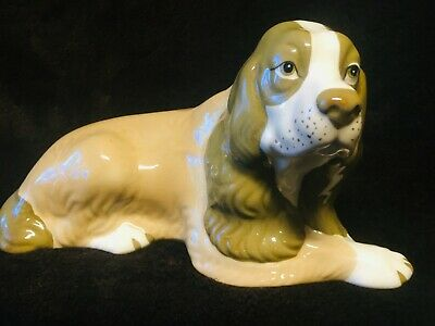 SZIELER  LARGE 24cm X 13 Cm LAYING DOG • 35£