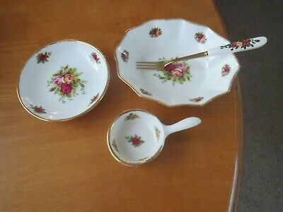 3 Royal Albert Old Country Roses Rare Skillet/fluted Dish/butter Pat/free Fork 1 • 12.99£