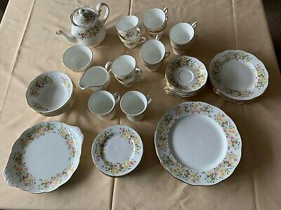 Colclough Hedgerow Bone China - Dinner/Tea Service • 49.99£