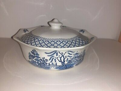 Vintage J G Meakin Willow Pattern Lidded Serving Dish 9 Inches • 19.99£