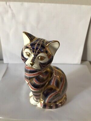 Royal Crown Derby Paperweight Seated Imari Cat . • 20£