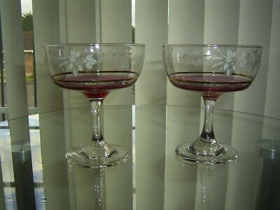 2 Vintage Crystal Etched Champagne Coupes / Saucers / Bowls  Glasses.4.1/4  • 14.99£